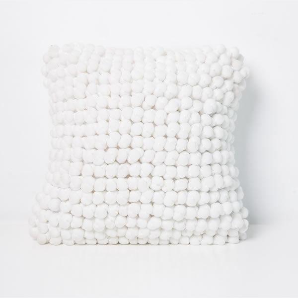 Funda almohadón bolitas blanco 0,40 x 0,40 cm