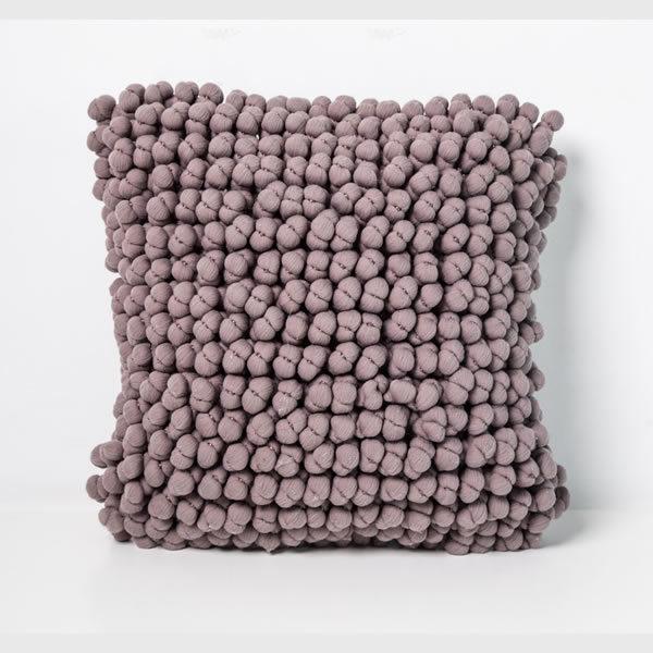 Funda almohadón bolitas visón 0,40 x 0,40 cm.
